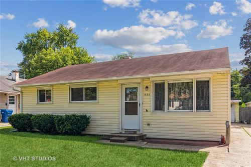 428 Moore, St. Charles, IL 60174