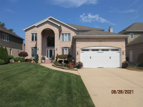 1580 W Grove, Addison, IL 60101