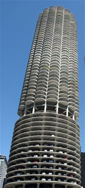 300 N State Unit 3906, Chicago, IL 60654