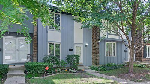 19 Dumbarton Oaks, Elgin, IL 60123