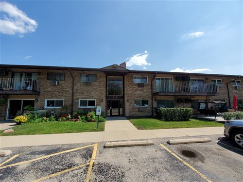 814 E Old Willow Unit 211, Prospect Heights, IL 60070