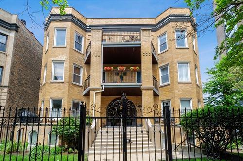 834 W Belle Plaine Unit 3W, Chicago, IL 60613