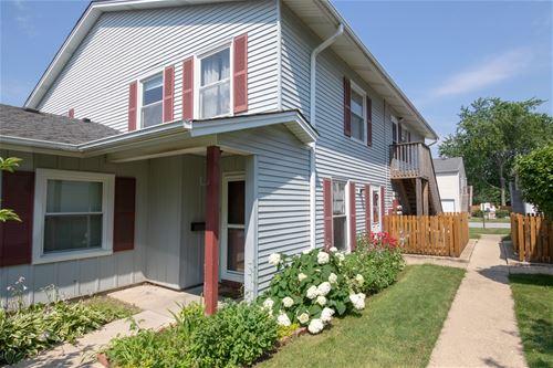 751 Wellington, Elk Grove Village, IL 60007
