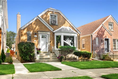 5051 N New England, Chicago, IL 60656