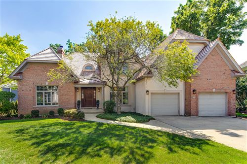 212 Carriage Hill, Libertyville, IL 60048