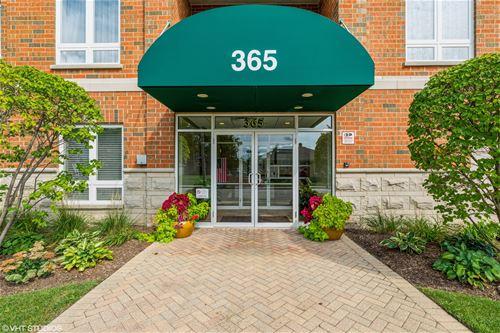 365 Graceland Unit 206A, Des Plaines, IL 60016