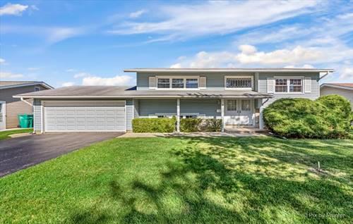 318 Dorchester, Elk Grove Village, IL 60007