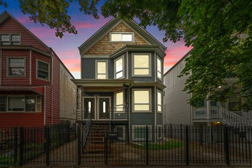 2821 N Springfield, Chicago, IL 60618