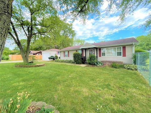 163 Kings, Carpentersville, IL 60110