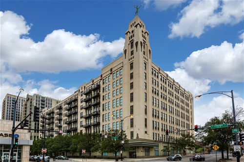 758 N Larrabee Unit 732, Chicago, IL 60654