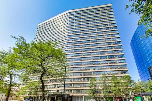 2930 N Sheridan Unit 1504, Chicago, IL 60657