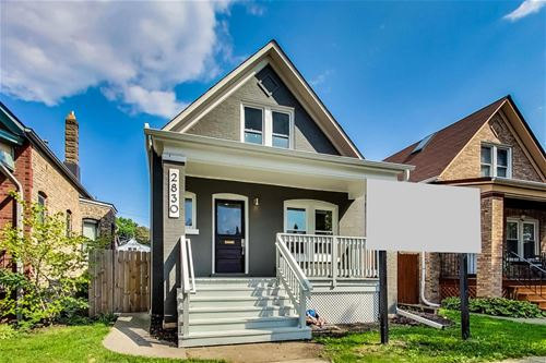 2830 W Barry, Chicago, IL 60618
