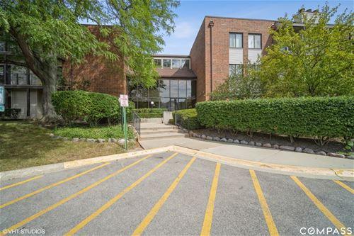 3070 Pheasant Creek Unit 301, Northbrook, IL 60062