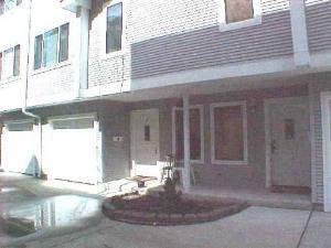 425 S Harvey Unit D, Oak Park, IL 60302