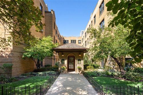 724 W Buena Unit C, Chicago, IL 60613