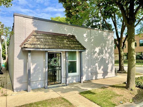 644 S Cuyler, Oak Park, IL 60304