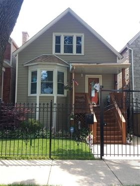 1636 N Monticello, Chicago, IL 60647