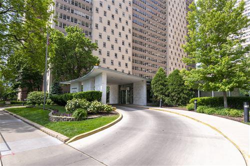 3950 N Lake Shore Unit 1000A, Chicago, IL 60613