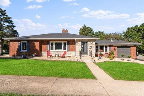 524 Campbell, Wheaton, IL 60187