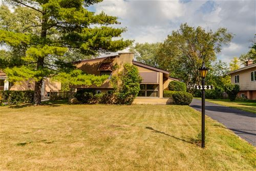 1121 Harms, Glenview, IL 60025