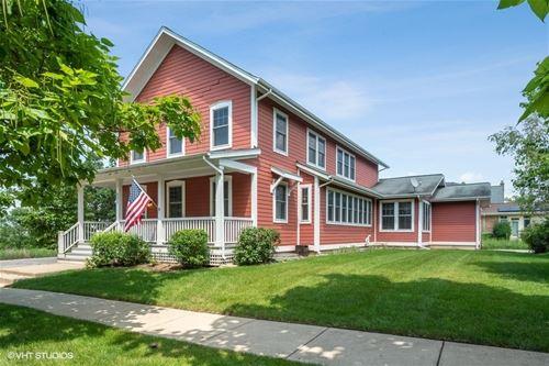851 Harris, Grayslake, IL 60030