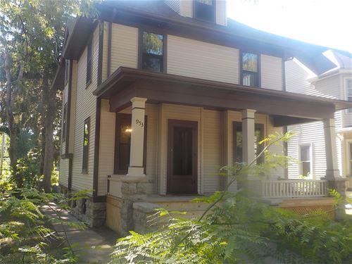 953 Grant, Rockford, IL 61103