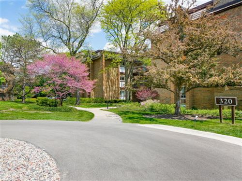 320 Claymoor Unit 3A, Hinsdale, IL 60521