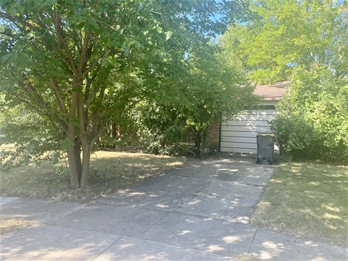 306 Dunbar, Streamwood, IL 60107
