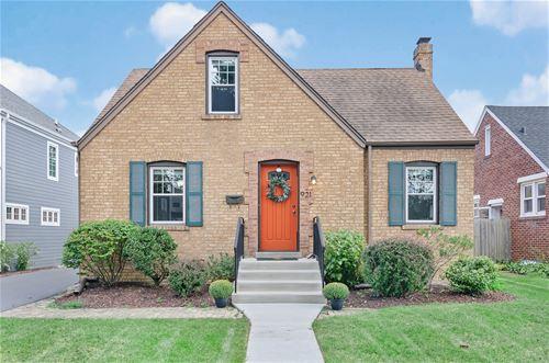 921 S Fairfield, Elmhurst, IL 60126