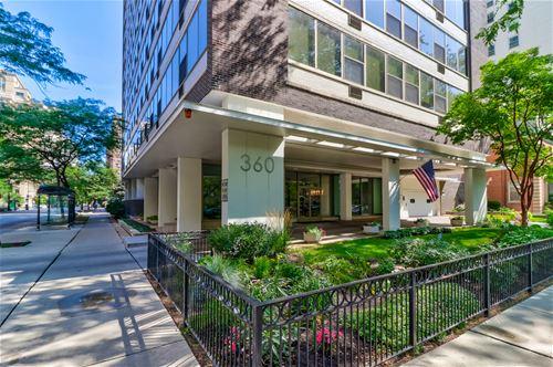360 W Wellington Unit 8E, Chicago, IL 60657