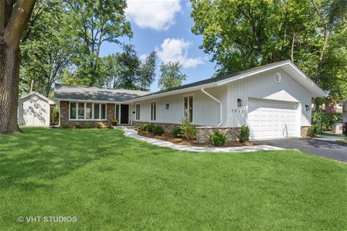 1052 Rolling, Glenview, IL 60025