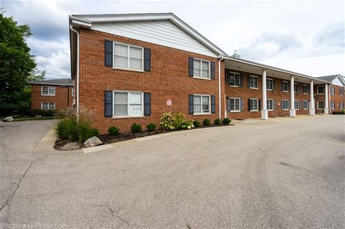 2818 Dundee Unit 2A, Northbrook, IL 60062
