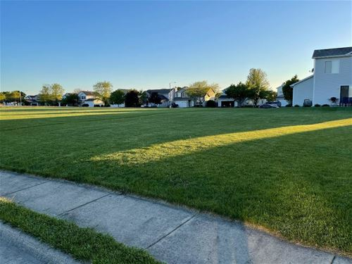 2617 Cedar Breaks, Plainfield, IL 60586