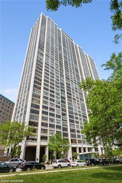 2800 N Lake Shore Unit 1213, Chicago, IL 60657