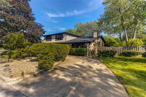 2423 Greenwood, Glenview, IL 60026