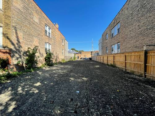 3726 W Giddings, Chicago, IL 60625