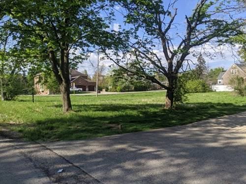 000 39th, Downers Grove, IL 60515