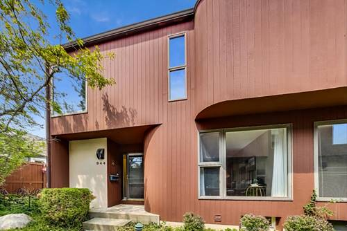 944 Washington, Glenview, IL 60025