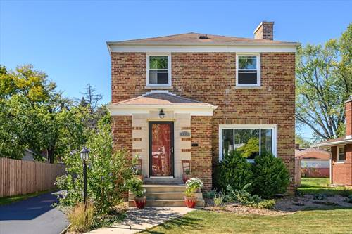1310 Portsmouth, Westchester, IL 60154