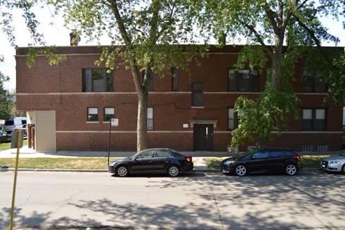 1900 W Oakdale, Chicago, IL 60657