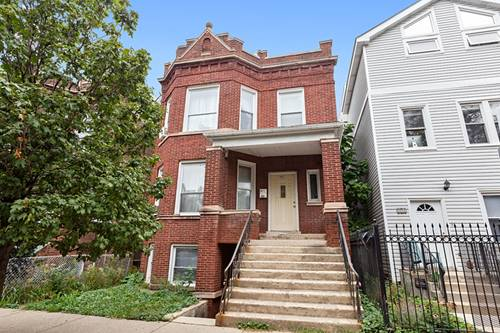 2825 N Rockwell, Chicago, IL 60618