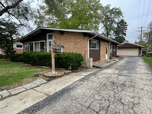 121 N Highview, Addison, IL 60101