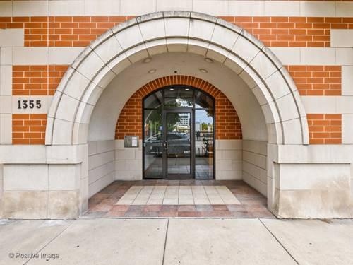 1355 W Washington Unit 5D, Chicago, IL 60607