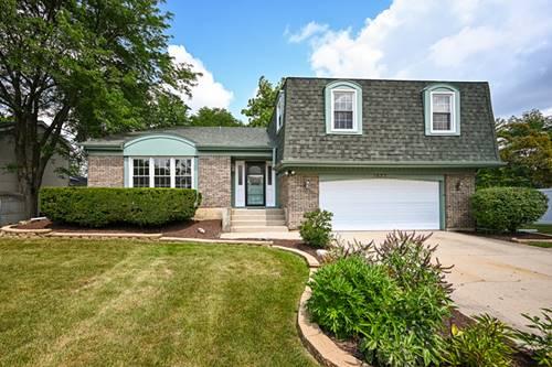 1653 Scottdale, Wheaton, IL 60189