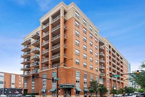 950 W Monroe Unit 512, Chicago, IL 60607