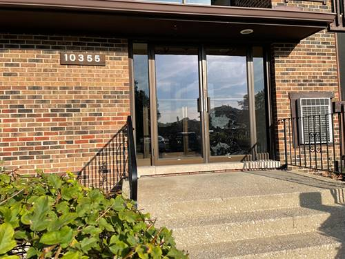 10355 Menard Unit 2-214, Oak Lawn, IL 60453