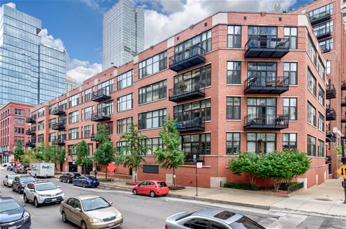 333 W Hubbard Unit 801, Chicago, IL 60654