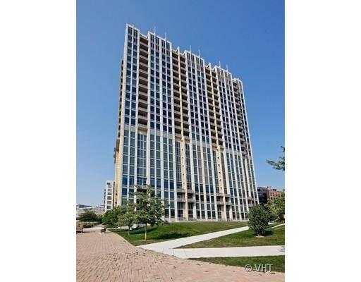 700 N Larrabee Apt 1208 Chicago IL 60654