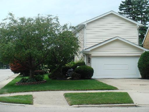 7100 N Kedvale, Lincolnwood, IL 60712