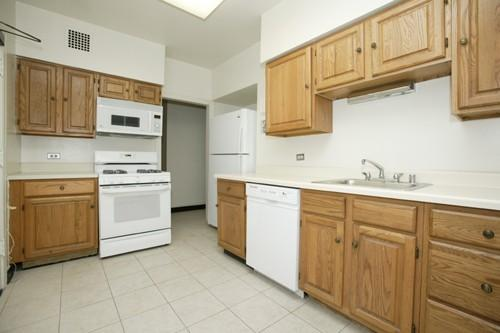 3000 N Sheridan Unit 12C, Chicago, IL 60657